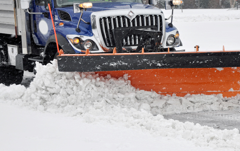 Snow-Plow-Road-Tips